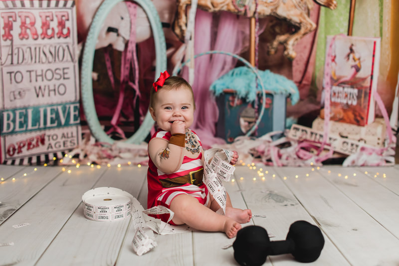 Pittsburgh cake smash photographer